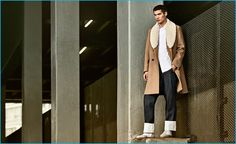 Hao Yun Xiang heads outdoors in a standout coat from Spanish brand Loewe.