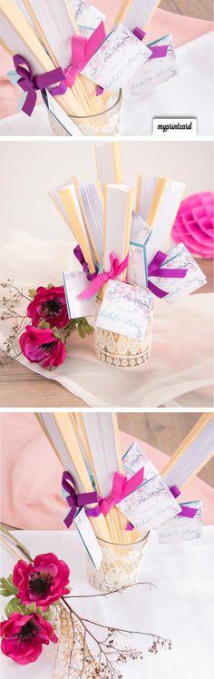 Eine Kühle Brise mit Hochzeitsfächern.  #weddingfans #gastgeschenk #dekoration #hochzeit #basteln #diy #braut #bräutigam #fächer #sommer #sommerhochzeit #rosa #pink #lila