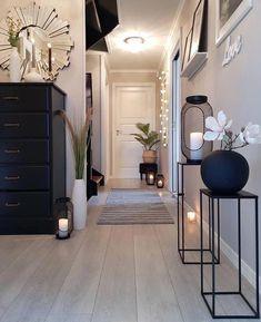 #lanternsdecorlivingroom Interior Design Living Room, Living Room Designs, Living Room Decor, Interior Decorating, Bedroom Decor, Decorating Ideas, Hallway Decorating, Entryway Decor, Bedroom Ideas