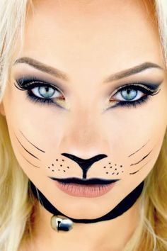 Looking for for ideas for your Halloween make-up? Browse around this site for unique Halloween makeup looks. Basic Halloween Costumes, Unique Halloween Makeup, Halloween Makeup Looks, Halloween Kostüm, Halloween Tutorial, Cat Faces For Halloween, Cat Costumes For Kids, Halloween Makeup Tutorials, Make Up Tutorials