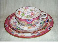 Apparat-pleine-tasse-a-the-couvert-pour-1880-sarreguemines