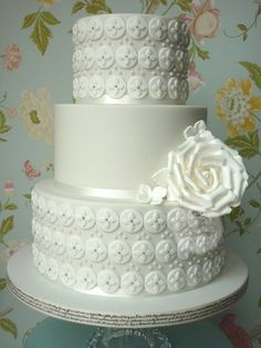 Geometric pattern wedding cake