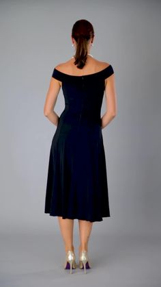 groom dress The Audrey Dress in Black and Navy Blue - pure elegance. A perfect dress for the modern and elegant mother of the bride, mother of the groom, bridesmaids or perhaps a cocktail Mother Of Bride Outfits, Mother Of Groom Dresses, Mothers Dresses, Summer Mother Of The Bride Dresses, Bride Groom Dress, Groom Outfit, Bride Gowns, Mob Dresses, Tea Length Dresses