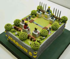 Torta Clash Royale Supercell Like & Invite your friends for more Contest, Tricks, Tips & Ev Royal Cakes, Boy Birthday, Birthday Cake, Birthday Parties, Torta Clash Royale, Royal Party, Beach Cakes, Cakes For Boys, Clash Of Clans