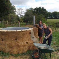 A cob hot tub.... Want