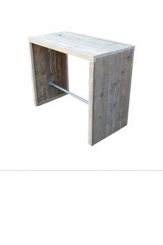 •Met de hand vervaardigde bartafel met dichte zijkanten en steigerbuis er tussen en is gemaakt uit gebruikt steigerhout. •Tafel heeft de afmeting van 130 x 60 x 110. •Deze tafel is in diverse afmetingen leverbaar.