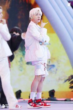 Foto Bts, Bts Photo, Jung Hoseok, Gwangju, Jimin, Seokjin, Namjoon, Taehyung, Rapper