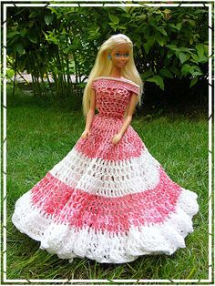 OMG my Tutu used to make dreses like this for my Barbies!