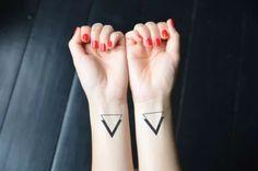 101 Geometrically Gorgeous Minimalist Tattoo Ideas