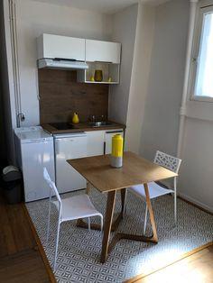Kitchenette 120cm Blanche House Layout Plans, House Layouts, Kitchenettes, Kitchen Ideas, Table, Condo, Design, Furniture, Home Decor