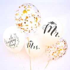 MR and MRS Wedding Balloons Engagement by Twigsandtwirlsllc