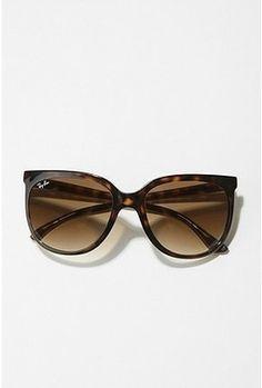 Jackie O Ray Bans - want these so bad