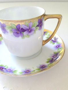 Vintage China Pansies Teacup and Saucer!