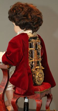 Jaquet Droz The Writer Automata: Awesome Antique Android   1774   The inspiration for the movie Hugo