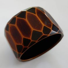 RARE UNUSUAL WIDE VINTAGE ART DECO OVER DYED FACETED BAKELITE BANGLE BRACELET  £207.69 (17B)