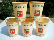 5 Dixie 7 up Soda Paper Cups Vintage