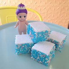 'Frozen' inspired marshmallows from The Innocent Kitchen