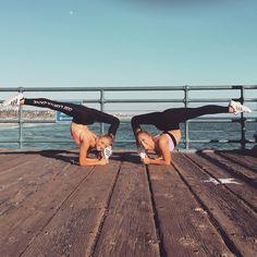 "6,243 To se mi líbí, 19 komentářů – Teagan Rybka (@teagan_rybka) na Instagramu: ""It's important to give it all you have while you have the chance! ☀️#tb #qotd #twins #acro…"""