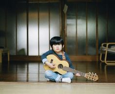 Asian Photography, Family Photography, Best Guitar Players, Modern Family, Playing Guitar, How To Relieve Stress, Little Boys, Kids Playing, Growing Up