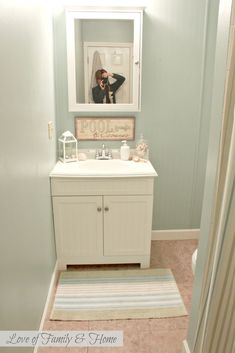 best color to paint a small bathroom | Best Paint Colors For Small Bathrooms…