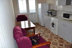 Предлагаем для долгосрочной аренды в Ставрополе  1 - комнатная квартира по адресу Макарова 28,Дом на Макарова-Бруснева, ремонт современный,кухонный гарнитур, мягкая мебель, б/у хорошая, общей площадью 37.2 кв.м, дом Новый монолит, Центральное отопление, Электро-плита, наличие бытовой техники - стиральная машина (+), холодильник (+), телевизор (+),парковка стихийная, номер объявления - 32581, агентствонедвижимости Апельсин. Услуги агента только по факту заключения…