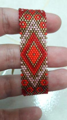 Loom Bracelet Patterns, Peyote Patterns, Loom Patterns, Jewelry Patterns, Beading Patterns, Beaded Braclets, Bead Embroidery Jewelry, Beaded Embroidery, Loom Bracelets