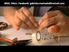 AnaGGabriela - Vídeo-aula 21 - Pulseira com couro trançado, fio de strass e lurex dourado