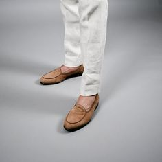The linen fabric is breathable and the slightly looser fit will keep you all aired out. Summer Suits, Linen Fabric, Copenhagen, Loafers, Flats, Shoes, Fashion, Travel Shoes, Loafers & Slip Ons