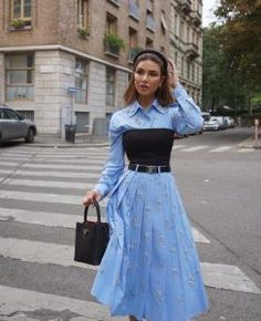 Photo: @negin_mirsalehi Classy Outfits, Chic Outfits, Trendy Outfits, Fall Outfits, Look Fashion, Runway Fashion, High Fashion, Womens Fashion, Fashion Design