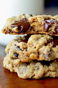 Yammie's Noshery: The Best Gluten Free Oatmeal Cookies {With Dark Chocolate and Cherries}