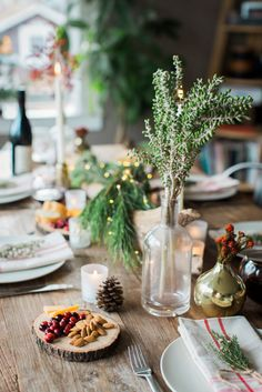 favorite ways to decorate a holiday table.