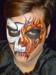 Face Painting Gallery -- skull half and half w/flames Cool Face Paint, Skull Face Paint, Skull Painting, Face Painting Designs, Body Painting, Face Painting Halloween Kids, Face Painting For Boys, Halloween Makeup, Monster Face Painting