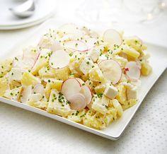 Bramborový salát s balkánským sýrem a ředkvičkami , Foto: archiv Hellmann´s Pasta Salad, Pesto, Potato Salad, Potatoes, Cheese, Ethnic Recipes, Food, Diet, Fine Dining