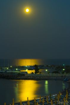Photograph super moon 10.08.2014 by Olimpia Todea on 500px