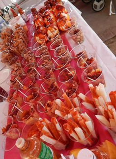 Antojitos Mexicanos- Fruta Loca. Churros locos, pepinos locos!