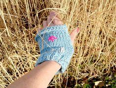 Knit flat fingerless gloves