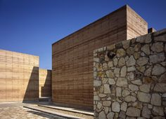 Rammed Earth and Stone Buildings Make Up Oaxaca School of Plas...