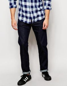 "Jeans by WeSC Firm-stretch denim Button fly Five pocket styling Skinny fit - cut closely to the body Machine wash 99% Cotton, 1% Elastane Our model wears a 32""/81cm regular and is 185.5cm/6'1"" tall"