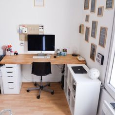 Les bureaux de maitresses – Les maitresses en baskets The offices of mistresses – The mistresses in sneakers Home Office Space, Home Office Design, Home Office Decor, House Design, Home Decor, Spare Room, My New Room, Office Interiors, Bedroom Decor