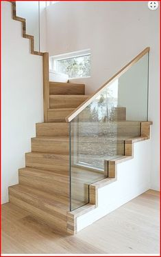 modern stairs design with glass Stair Banister, Stair Railing Design, Home Stairs Design, Interior Stairs, Railings, Glass Stair Railing, Railing Ideas, Bannister, Stairway Lighting
