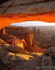✯ Mesa Arch at Firstlight - Canyonlands, Utah