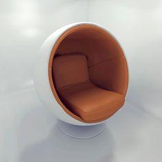 A poltrona bola é uma peça icônica e foi desenhada pelo designer finlandês Eero Aarnio, em 1963. Sua casca é de fibra de vidro e possui um estofado muito confortável. Atualmente é fabricada pela Finlandesa Adelta