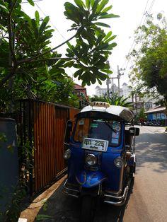 small tuk tuk on road side at Chiang Mai | Laugh Travel Eat