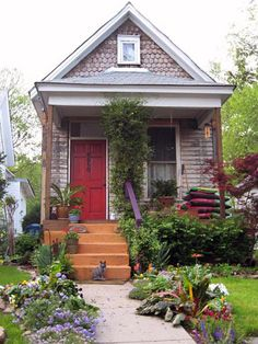 Shotgun houses were the most popular style of home in the South from the end of the Civil War until the 1920s. This economical style consists of a few rooms arranged in a single row. The entire house stays cool by opening the front and back doors.