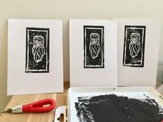 linogravure barbu Nelia Illustration Gallery Wall, Illustration, Frame, Home Decor, Lino Prints, Objects, Cards, Picture Frame, Decoration Home