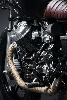 Cx500 Cafe Racer, Scrambler, Motorcycle Equipment, Motorcycle Style, Honda Motorcycles, Cars And Motorcycles, Honda Cx500, Yamaha, Cx 500