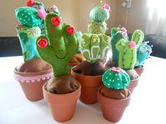Costuramor: cactus de tecido