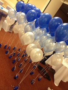 Royal Blue, silver and white ballons for wedding ! Defintely doing this for my wedding too ! All of my colors royal blue hoco dress / royal blue party dress / blue gown royal / white and royal blue wedding / blue dress royal Wedding Table Decorations, Decoration Table, Royal Blue Wedding Decorations, Table Wedding, Wedding Reception, Our Wedding, Dream Wedding, Wedding Ideas, Wedding White