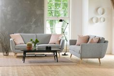 2,5-Seter stoff Cortina silver lyse ben. Love Seat, Accent Chairs, Couch, Furniture, Home Decor, Silver, Upholstered Chairs, Settee, Sofa