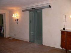 porta automatica divisoria da sala pranzo alla cucina, realizzata da aprisystem, riferimento Bosticardo Dario con cristalli lavorati in maniera artigianale